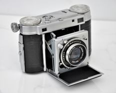 1947  CERTO  Super Dollina II   Folding Rangefinder Camera.