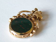 Old gold rotatable English watch fob, 9 kt