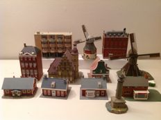 Faller/Heljan/Vollmer H0 - 12 buildings and windmills in the Dutch style
