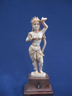 Ivory statue, Indian dancer on wooden stand - India - 1900