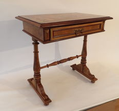 Gründerzeit sewing table - signed by cabinetmaker in Bohemia - 1907