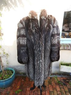 Silver fox coat - very beautiful condition