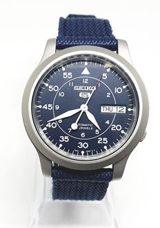 seiko 5 automatic 7S26 - 02J0, Near New condition
