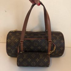 "Louis Vuitton - Papillon 30, monogram with ""pochette"" (clutch)"