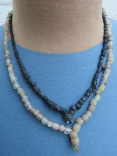 Roman Empire- necklaces with transparent and black iridescent glass beads - 45 cm and 40 cm ( 2 )