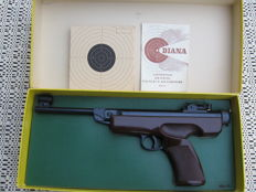 Air pistol, Diana model 5, calibre 1.77/4.5 mm, manufactured by Mayer & Grammelspacher in Rastatt/Baden, Germany