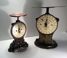 2 Salter scales - the scales are of the Silver Star patent type -England and Switzerland - 1900-1910