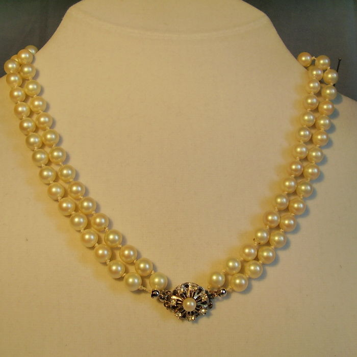 6cfca22a67b838 authentic two-row white Akoya pearl necklace with Art Deco clasp, very good  pearl