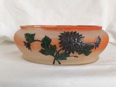 Leune -  Glass coupe/vase with enamel decor of flowers and leaves