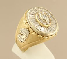 14 kt bi-colour gold ring set with zirconia and 2 dragons in white gold - ring size 20.25 (64)