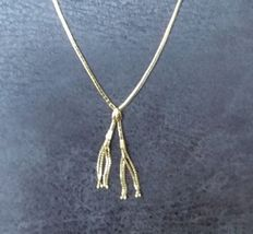14 kt Yellow gold women's necklace with 2 gold tassels