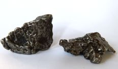 Couple of meteorites Campo del Cielo - 3,8 x 2,5 and 3 x 4 - 81,6 gm (2)