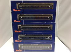Roco - 44282/44284/44289/44291/44296 - 5 Pieces passenger carriages some of which with conductive couplings Interior lighting not tested (2303)