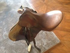 Complete Lemetex AG leather horse saddle