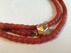 Red coral necklace, gold clasp