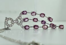 Necklace in 18 kt white gold set with 13 Natural Pink Sapphires 9.5 ct and 25 diamonds for around 0.70 ct ***NO RESERVE PRICE***