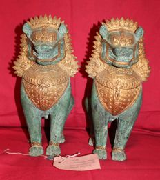 Lion statuettes - Thailand - late 20th century (28 cm)