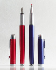Parker: luxury Sonnet fountain pen gloss red and rollerball gloss blue with chrome accents, with Parker gift box (P105 (2))