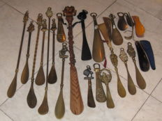 Antique and old shoehorns, and spoons - tensioners and vintage women's shoes