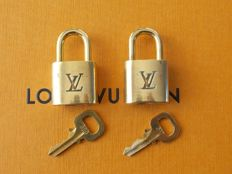Louis Vuitton - Lot of two padlocks