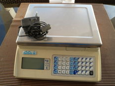 Electric balance scale, it weighs from 100 g until 15 kg