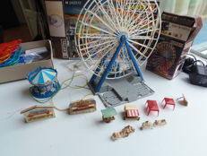 Faller N - 242312 - Fair, including a Ferris wheel, merry-go-round, and stalls