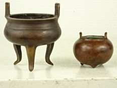 Two small bronze censers - China - second half 20th century