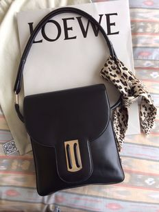 Loewe - vintage shoulder bag - excellent condition