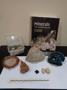 Book: Minerals. Their Constitution and Origin. and collection of minerals. - 1.6 kg (51)