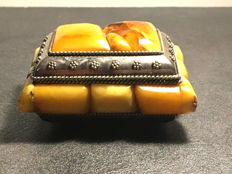 Vintage jewellery chest box decorated with Natural Baltic Amber (not pressed), 181 grams