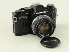 Olympus OM10, BLACK VERSION with manual adapter and F.Zuiko 1.8/50 mm