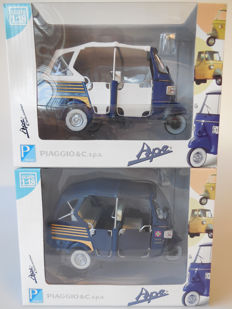 Italeri - Scale 1/18 - Lot with 2 x Piaggio Ape Calessino