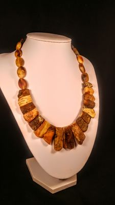 100% Genuine Baltic Amber necklace, length 46 cm, 37 grams