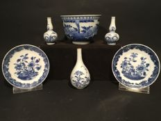 A collection of 6 pieces of Chinese porcelain, China, 18th/19th century