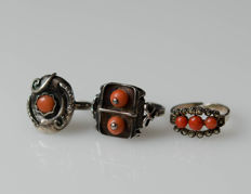 3 antique silver rings with natural coral