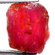 Top quality unheated natural ruby rough specimen - ca. 12 x 11 x 5 mm - 8,45 Ct