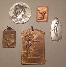 Lot of five medallions made between 1890 and 1959