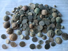 Beautiful lot of 203 antique buttons (17th to 19th centuries) some civilian and some military, variety in large and small sizes.