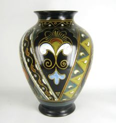 Plateelbakkerij Zuid-Holland ( PZH ) - Art Deco earthenware vase: decor 'Josea