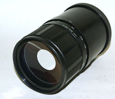 Russian 500 mm mirror lens M42 with filters