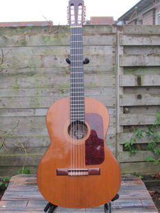 Classical/Flamenco guitar by Juan Estruch from Barcelona, without serial number from Spain from 1965