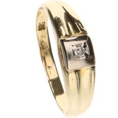 14 kt yellow gold ring set with 1 diamond - Ring size: 15.5 mm