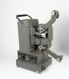 Bolex Paillard G816 - film projector for double 8 and16 mm films in 1