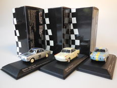 Minichamps - Scale 1/43 - Lot with 3 x BMW 700 Sport