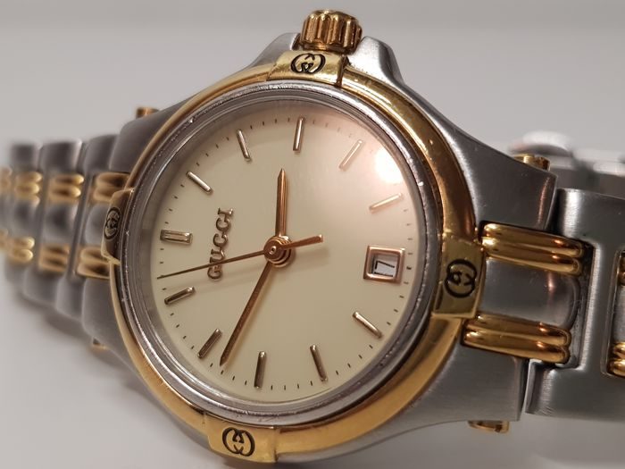 4a55def521c Gucci 9040L gold-steel women s watch - Catawiki