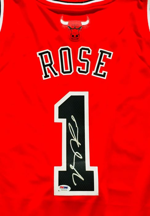 online store f4aae 9d716 Derrick Rose #1 / Chicago Bulls - Authentic Signed Jersey ...