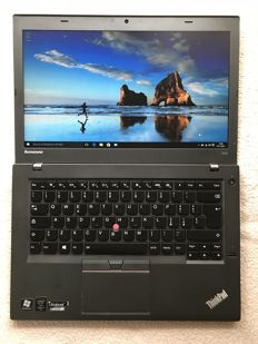Ultrabook Lenovo ThinkPad T450 with original charger