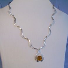 Signed Art Deco silver necklace with amber cabochon of 3 ct Germany around 1935 / 40