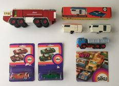 Siku - Various scales - Metz Airport Fire Department (V332), Westfalia caravan (V279), Magirius DEUTZ M250 D22 (V281), Iveco Race truck (1018), Audi LS 100 (1019) and brochure 1976/77