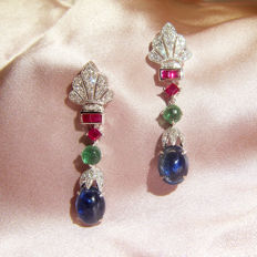 18Kt  earrings with 3.68ct of sapphires and 0.28ct of diamond